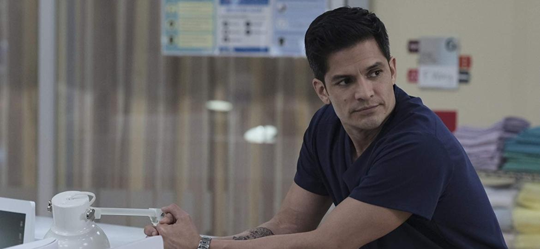 """O ator Nicholas Gonzalez é o dr. Melendez de """"The Good Doctor"""" - Divulgação"""