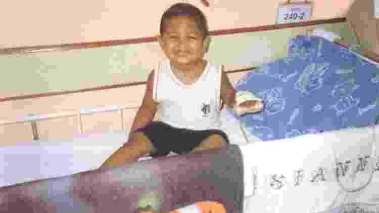 Hugo Carvalho no primeiro dia de tratamento - Arquivo Pessoal