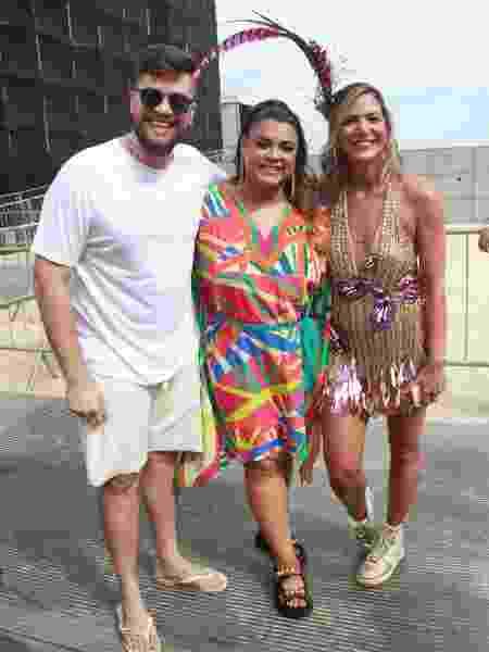 Rodrigo Godoy, Preta Gil e Carol Sampaio, no Bloco da Favorita - Marcos Ferreira/Brazil News