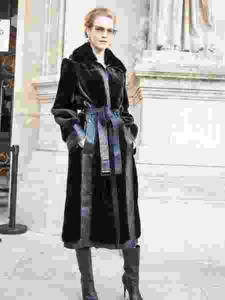 20.09.2019 - Supermodelo Natalia Vodianova usou primeiro protótipo do casaco de pele sustentável de Stella McCartney ao comparecer a desfile da marca desfile em Paris (França) - Iconic/GC Images