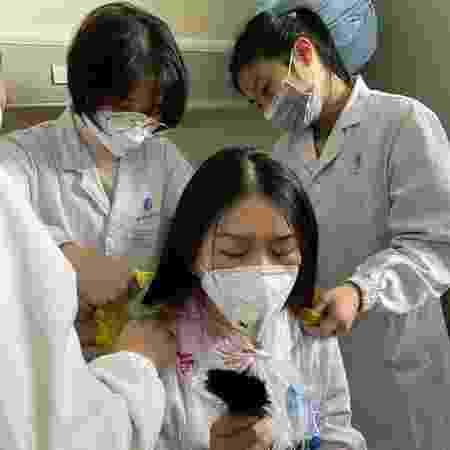 Enfermeiras em Wuhan, na China - Reprodução/Instagram/@sophfei