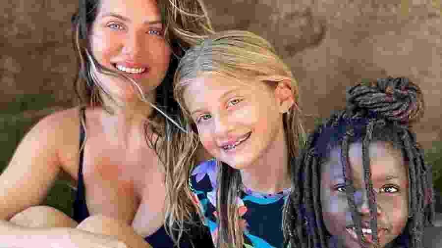 Giovanna Ewbank curte férias com familiares e amigos - Reprodução/Instagram @gioewbank