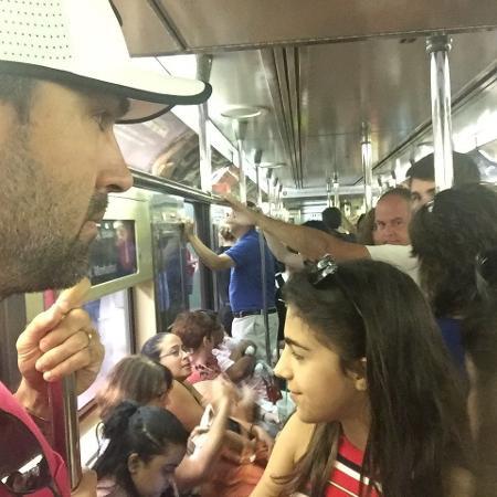 Tadeu Schmidt  em metrô de Nova York - Reprodução/Instagram