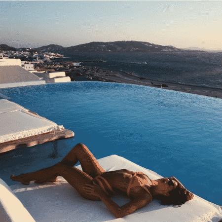 Bruna Marquezine na Grécia - Reprodução/Instagram/brumarquezine