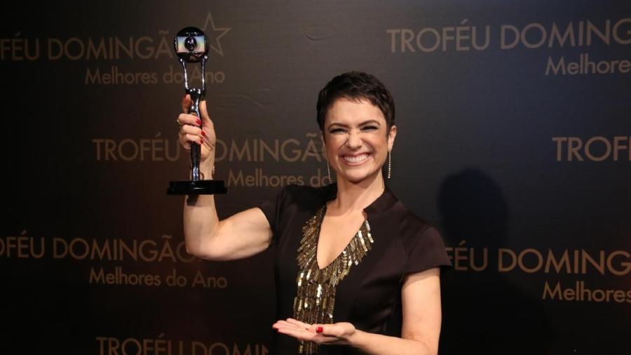 """Sandra Annenberg na entrega do prêmio Melhores do Ano, do """"Domingão do Faustão"""" - AgNews"""
