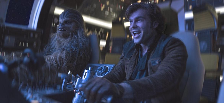 """Chewbacca e Han Solo em cena de """"Han Solo: Uma História Star Wars"""" - Divulgação"""