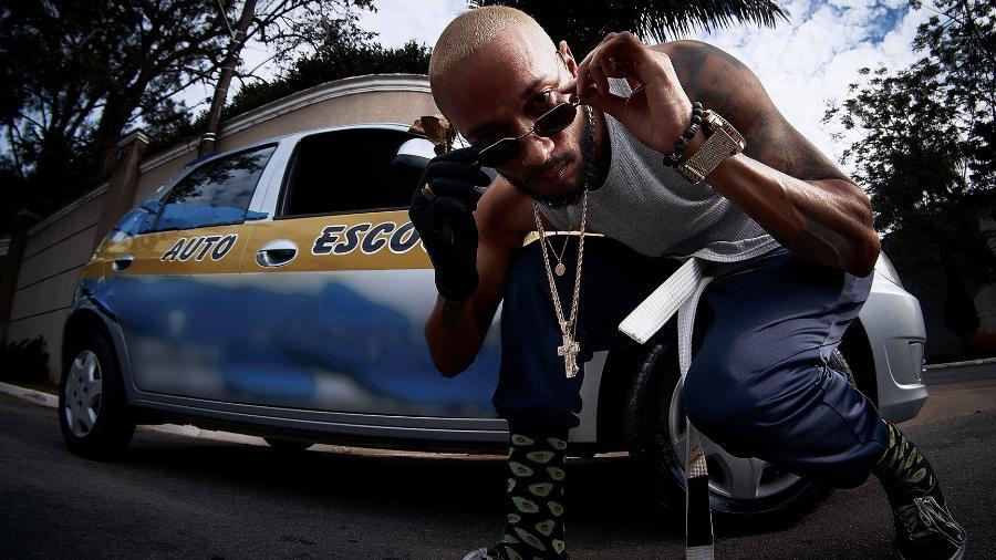 """Rapper Slim Rimografia lança o segundo EP do ano, """"Mr Dinamite"""" - Tiago Rocha"""