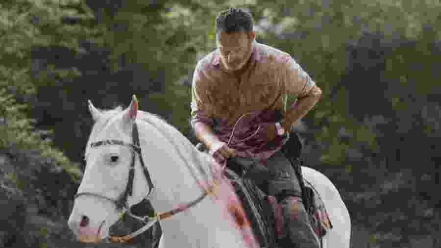 """Rick (Andrew Lincoln) em sua despedida de """"The Walking Dead"""" - Jackson Lee Davis/AMC/Divulgação"""