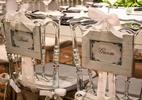 Especialistas dão dicas para adotar a cadeira dos noivos personalizada - Divulgação