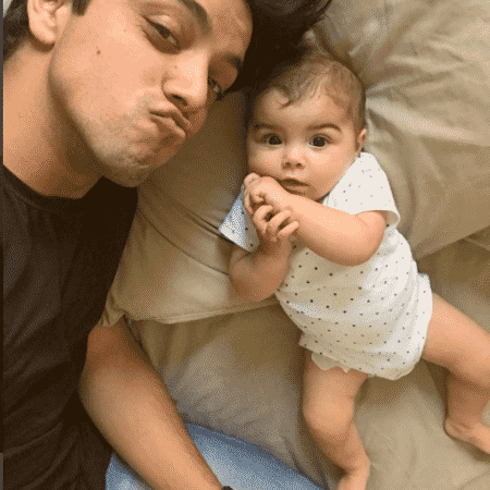 Rodrigo Simas e a sobrinha, Maria - Reprodução/Instagram/simasrodrigo