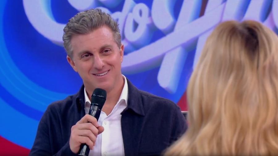 """Luciano Huck ganha surpresa de aniversário no """"Caldeirão"""" - Reprodução/GShow"""