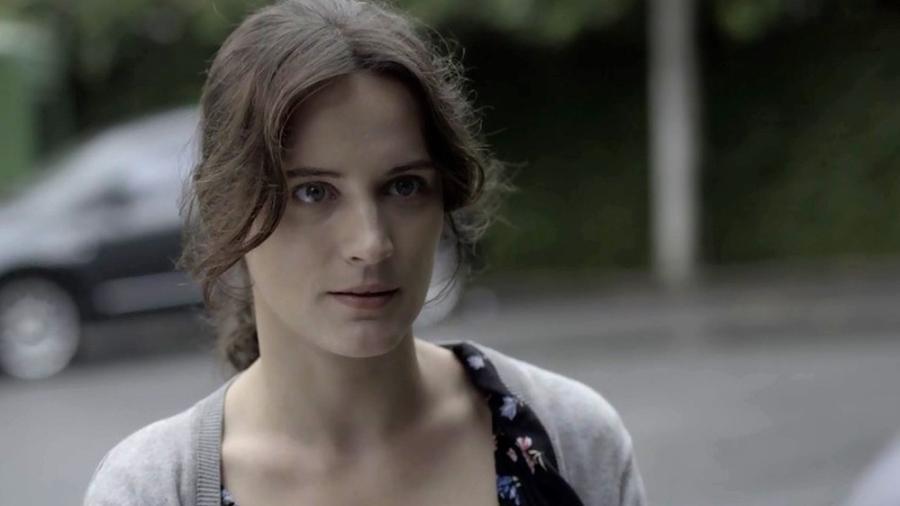 """Clara dá início a sua vingança em """"O Outro Lado do Paraíso"""" - Reprodução/Globo"""