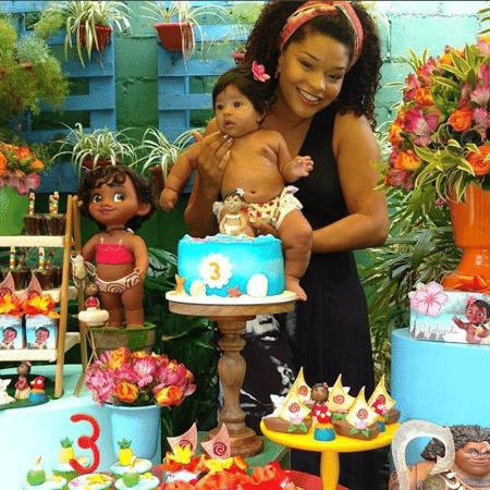 Juliana Alves com Yolanda, sua filha com Ernani Nunes - Reprodução/Instagram/julianaalvesiam