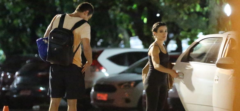 Sob rumores de namoro, Sérgio Guizé e Bianca Bin são flagrados no Rio - Imagem/AgNews