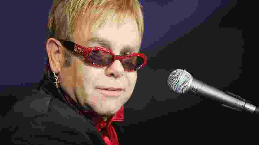 Elton John foi uma das celebridades que se posicionaram sobre a legalização do aborto na Irlanda - Frank Micelotta/Getty Images