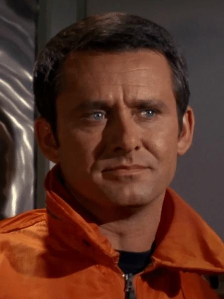 """O ator Roger Perry em """"Star Trek"""" - Reprodução"""