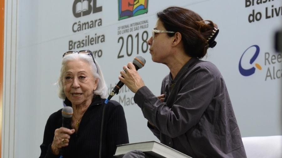 Fernanda Montenegro discursa na Bienal do Livro ao lado da filha, Fernanda Torres - Eduardo Martins / AGNEWS