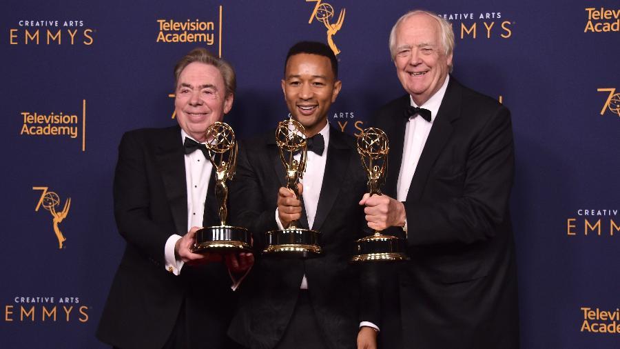 Andrew Lloyd Webber, John Legend e Tim Price comemoram a conquista do Emmy - E. Rodriguez/Getty Images
