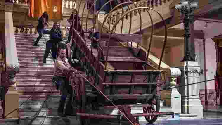 Grupo de Rick invade um museu em busca de carroças e ferramentas rurais - Divulgação - Divulgação