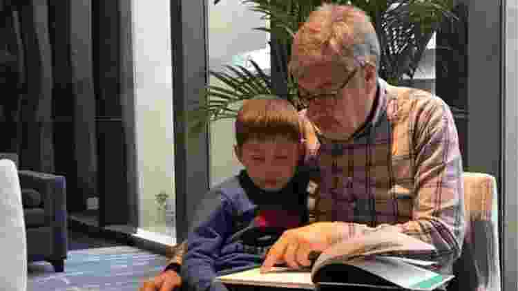 Ian aceitou um acordo que prevê a permanência de seu neto Jack na China - Arquivo pessoal - Arquivo pessoal