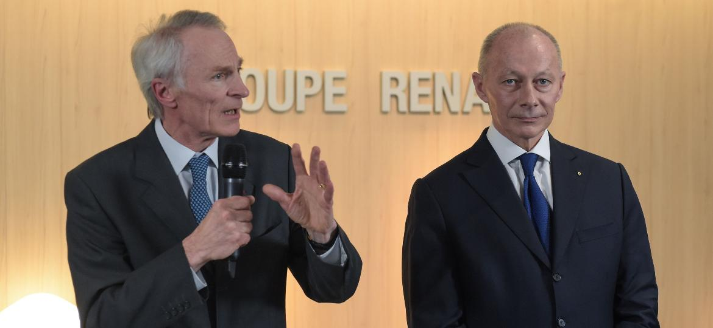 Novo CEO da Renault, Jean-Dominique Senard (esq.) se encontrou com japoneses - Eric Piermont/AFP