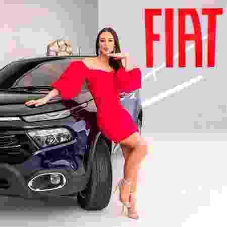 Vivi Guedes em ação promocional de uma marca de carros - Divulgação