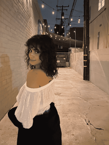 Camila Cabello mostrou novo visual, com cabelo na altura dos ombros - Reprodução/Instagram/@camila_cabello
