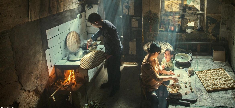 """Li Huaifeng foi nomeado o Fotógrafo de Comida de 2021 pela imagem """"Taste"""", tirada em Licheng, na província de Shanx, na China - Li Huaifeng"""