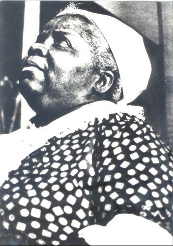 """A atriz Isaura Bruno foi a primeira negra a protagonizar uma novela, interpretando Mamãe Dolores em """"O Direito de Nascer"""" (1964)"""