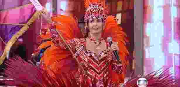 Fátima Bernardes apresenta o programa vestida de porta-bandeira - Reprodução/TV Globo