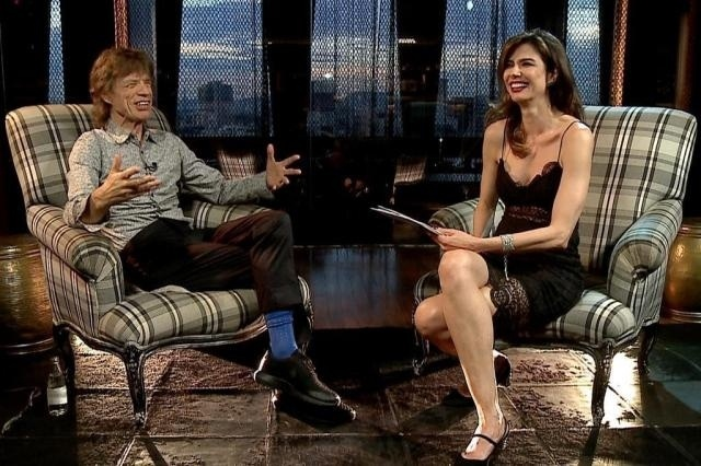 "2.mar.2015 - Luciana Gimenez entrevista Mick Jagger no ""Superpop"""