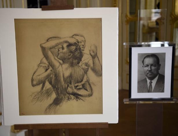 """Desenho de Edgar Degas, """"Busto de Três Bailarinas"""", confiscado pelos nazistas nos anos 1940 - Lionel Bonaventure/AFP"""