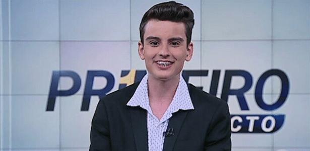 """Sindicato diz que SBT trata jornalismo como """"atividade marginal"""" ao substituir profissionais por garoto de 18 anos - Reprodução/SBT.com.br"""