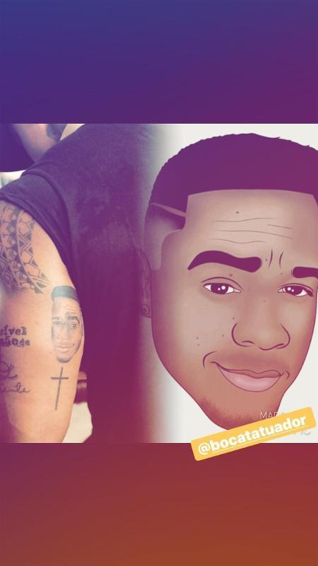 Leo Santana mostra tatuagem que fez do próprio rosto - Reprodução/Instagram
