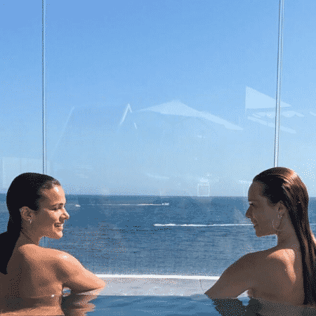 Bruna Marquezine e Mariana Ximenes - Reprodução/Instagram/marixioficial