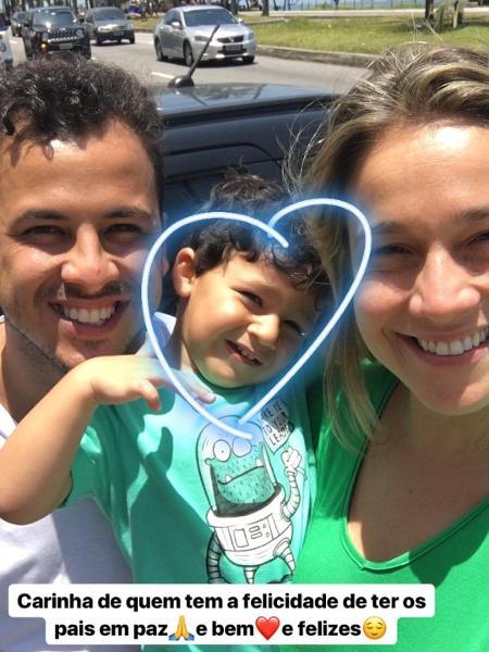 Fernanda Gentil posa com o filho, Gabriel, e o ex-marido, Matheus Braga - Reprodução/Instagram