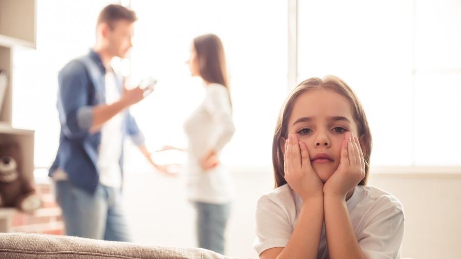 Separação dos pais sempre vai refletir nos filhos, diz especialista - iStock