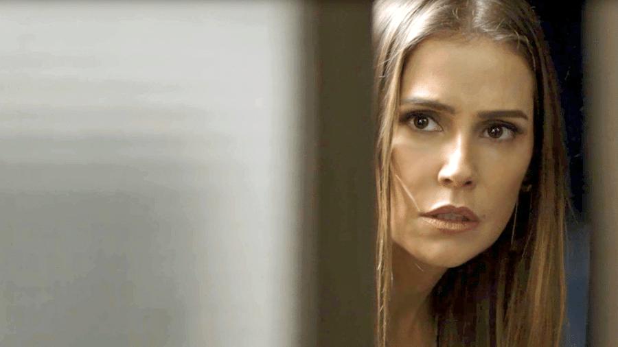 Karola vai tentar conhecer a parceira musical de Beto e descobrir que ela é, na verdade, sua rival - Divulgação / TV Globo