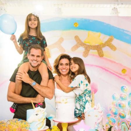 Giovanna Antonelli com o marido, Leonardo Nogueira, e as filhas, Antonia e Sofia - Reprodução/Instagram