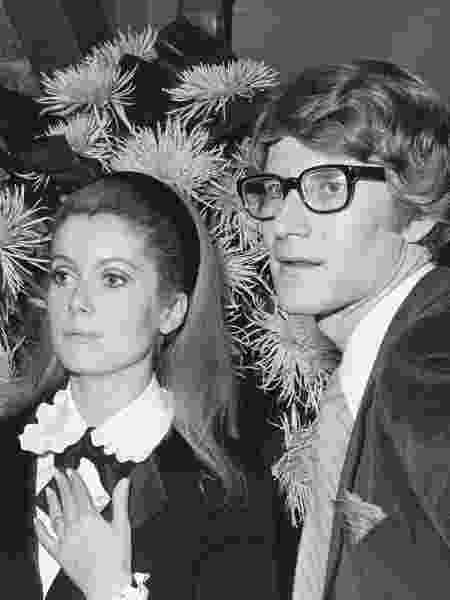 Catherine Deneuve e Yves Saint Laurent - AFP