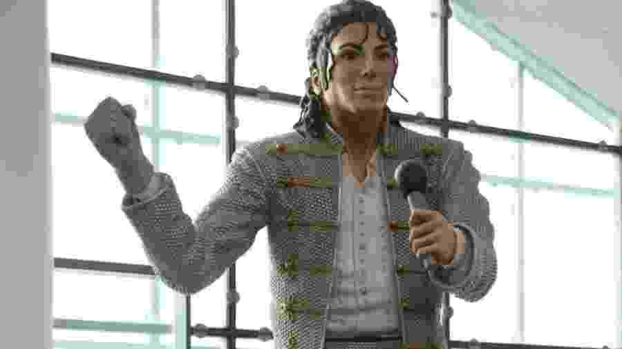 Estátua de Michael Jackson que ficava no Museu Nacional do Futebol, em Manchester, em imagem de 2018 - Richard Gardner/REX/Shutterstock