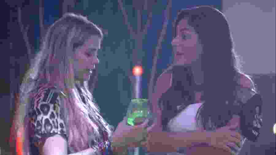 BBB 20 - Marcela e Mari conversam em festa - Reprodução/Globoplay