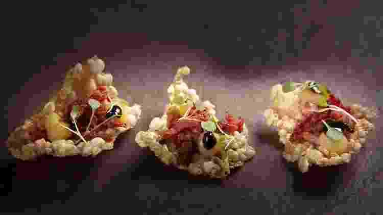 Tapioca com magret de pato defumado, tucupi preto e cupuaçu - Ingredientes  nativos - Antonio Rodrigues/Divulgação - Antonio Rodrigues/Divulgação