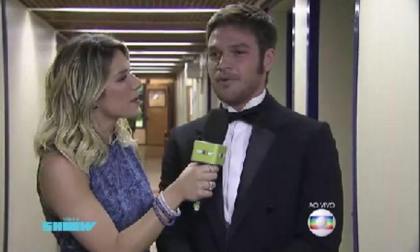 """6.ago.2015 - Emilio Dantas fala sobre personagem durante o """"Vídeo Show"""""""
