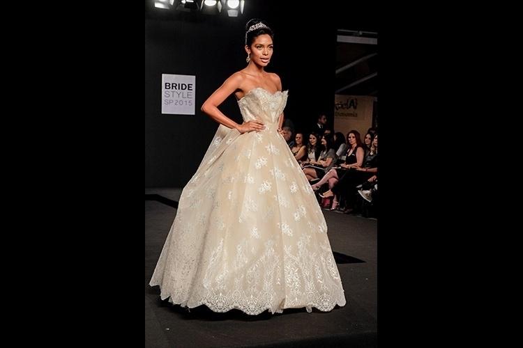 Desfile Bridestyle 2015 - Solaine Piccoli