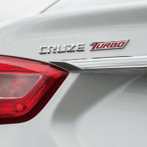 Chevrolet Cruze Turbo 2017 emblema - Divulgação