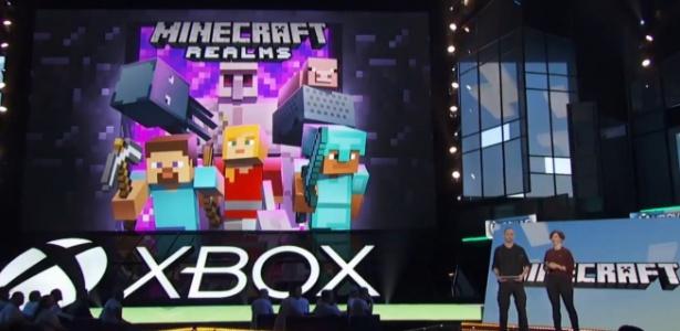 """Servidor """"Realms"""" permitirá interação entre jogadores de """"Minecraft"""" do PC e dispositivoa móveis; meta é integrar diferentes consoles no futuro"""