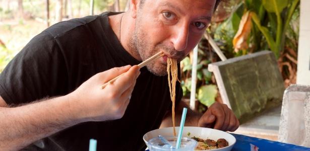 Em viagens, nem sempre o prato que chega à mesa é o que você tinha imaginado - Getty Images