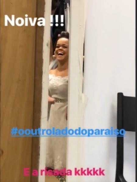 """Grazi Massafera mostra Juliana Caldas vestida de noiva para """"O Outro Lado do Paraíso"""" - Reprodução/Instagram/massafera"""