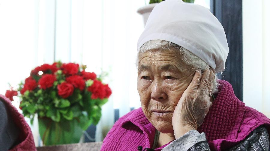 Lee Ok-sun tinha apenas 15 anos quando um homem coreano e outro japonês a sequestraram - Reuters